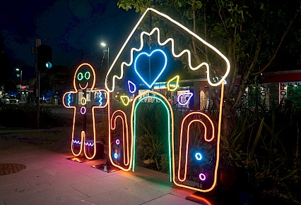 Neon Sculptures For Xmas